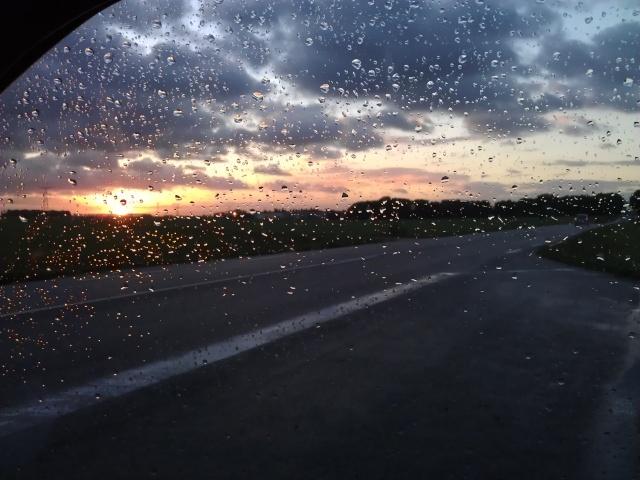 Coucher de pluie ou de soleil ? Imag0910