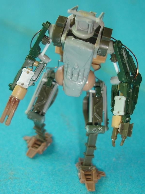 (Denis Simon)figurine science-fiction 2 115
