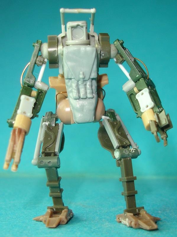 (Denis Simon)figurine science-fiction 2 215