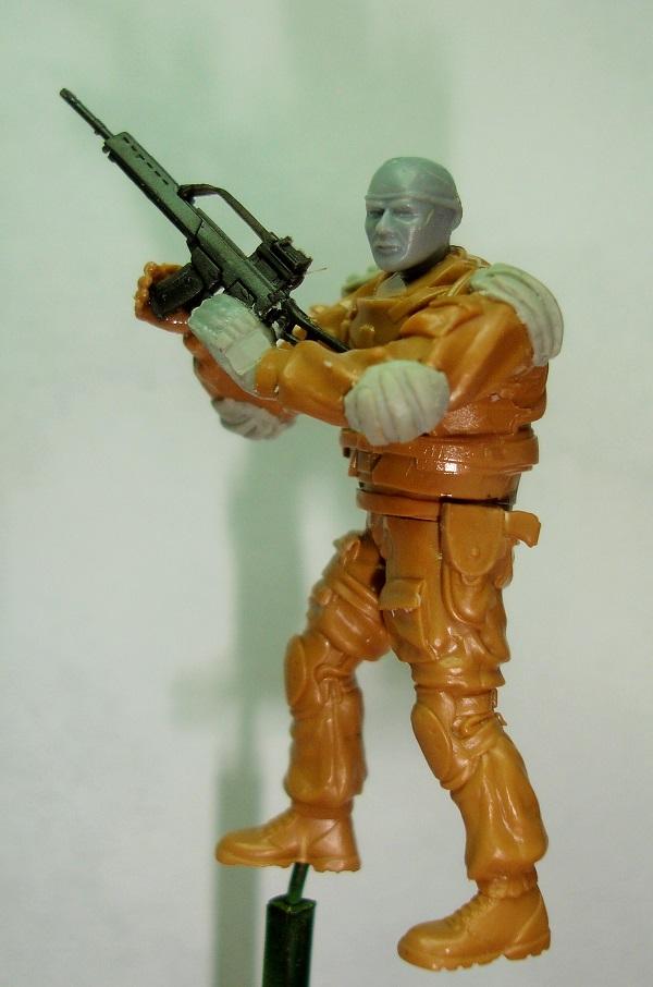 (Denis Simon)figurine science-fiction 2 313