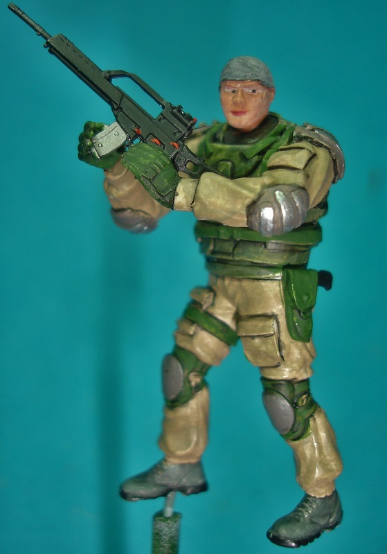 (Denis Simon)figurine science-fiction 2 415