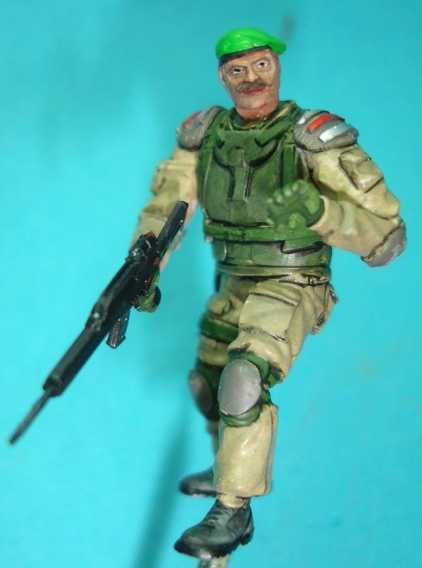 (Denis Simon)figurine science-fiction 2 713