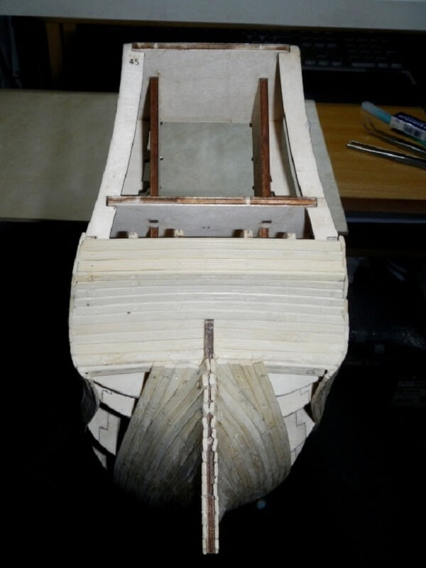 """Construction du """"Sovereign of the Seas"""" au 1/84 par Glénans - Partie I 02510"""
