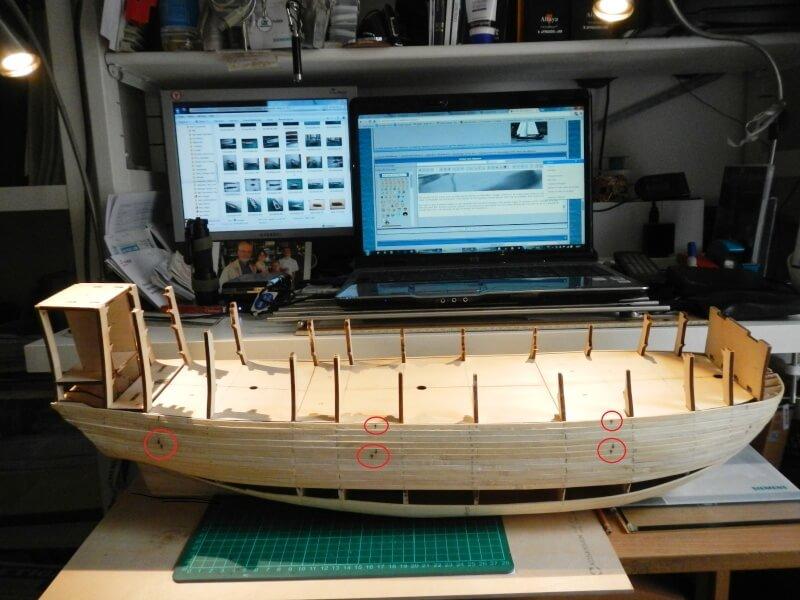 """Construction du """"Sovereign of the Seas"""" au 1/84 par Glénans - Partie I 04010"""