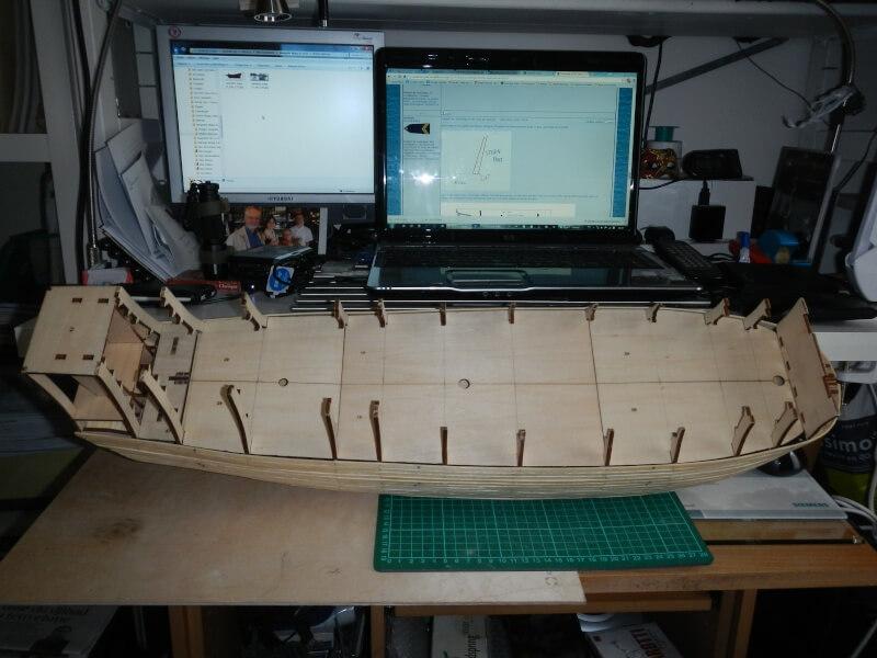 """Construction du """"Sovereign of the Seas"""" au 1/84 par Glénans - Partie I 04710"""