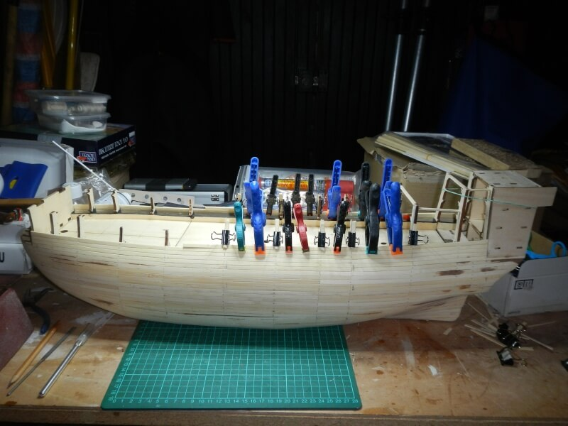 """Construction du """"Sovereign of the Seas"""" au 1/84 par Glénans - Partie I 06910"""