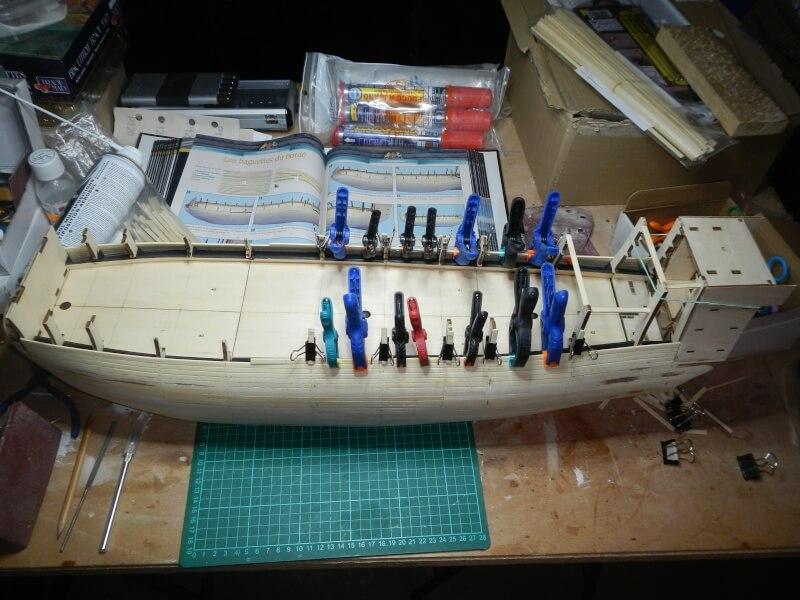 """Construction du """"Sovereign of the Seas"""" au 1/84 par Glénans - Partie I 07010"""
