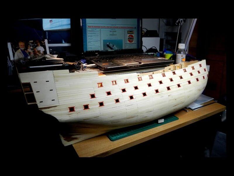 """Construction du """"Sovereign of the Seas"""" au 1/84 par Glénans - Partie I 14710"""