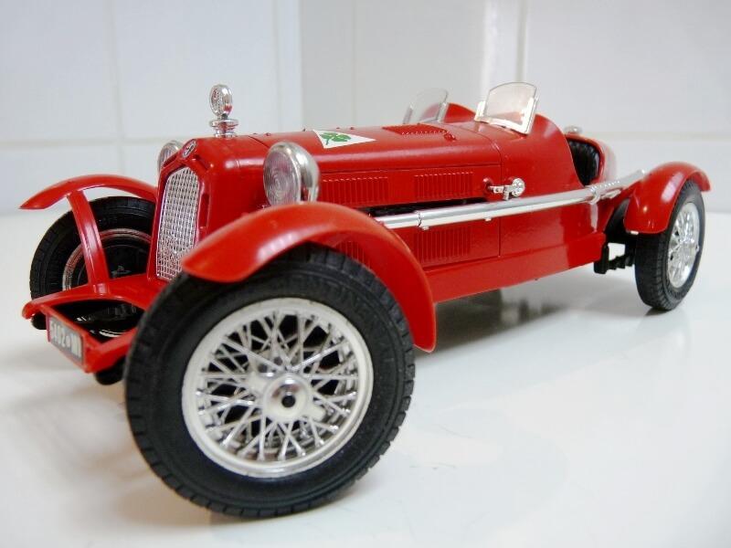 Alfa Roméo 8C 2300 Monza - 1934 - BBurago 1/18 ème Alfa_r20