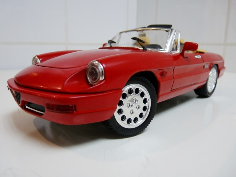 Alfa Roméo Spider 2000 - Série IV - 1990 - Jouef Evolution 1/18 ème Alfa_r57