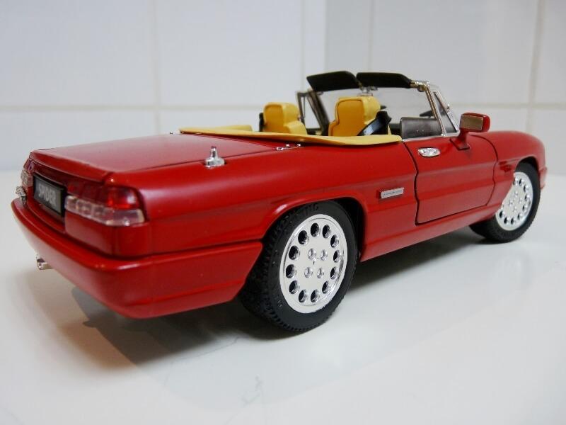 Alfa Roméo Spider 2000 - Série IV - 1990 - Jouef Evolution 1/18 ème Alfa_r65