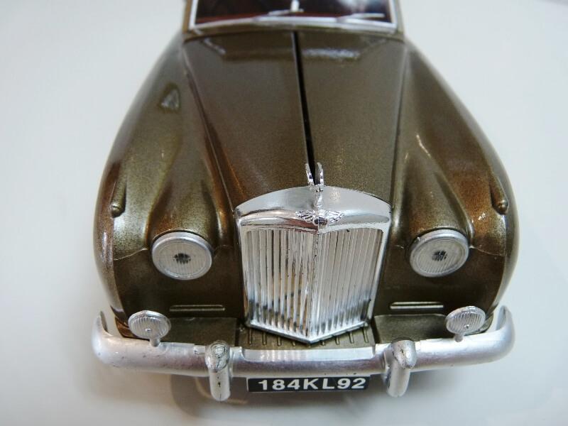 Bentley S II - 1961 - Solido 1/20 ème Bentle16