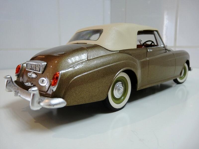 Bentley S II - 1961 - Solido 1/20 ème Bentle17
