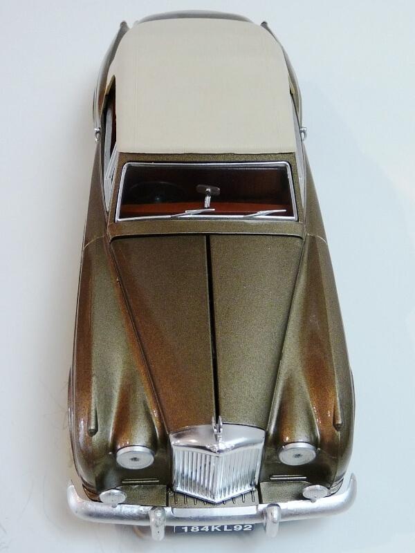 Bentley S II - 1961 - Solido 1/20 ème Bentle18