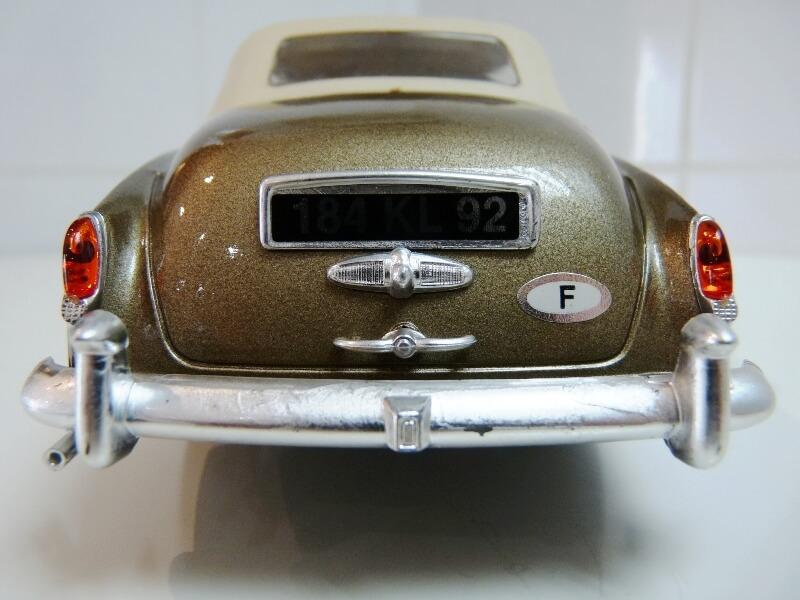 Bentley S II - 1961 - Solido 1/20 ème Bentle19