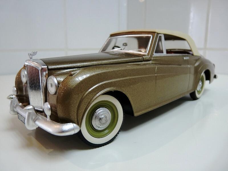 Bentley S II - 1961 - Solido 1/20 ème Bentle21