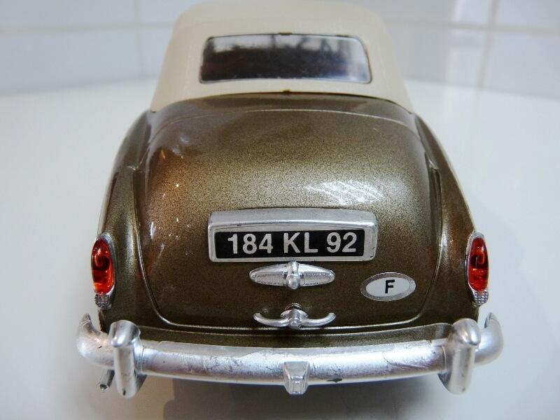 Bentley S II - 1961 - Solido 1/20 ème Bentle24