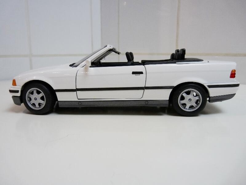 BMW 325i Convertible - 1993 - Maisto 1/18 ème Bmw_3213