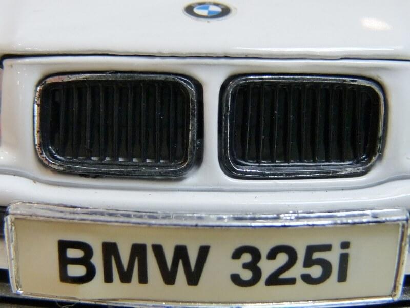 BMW 325i Convertible - 1993 - Maisto 1/18 ème Bmw_3232