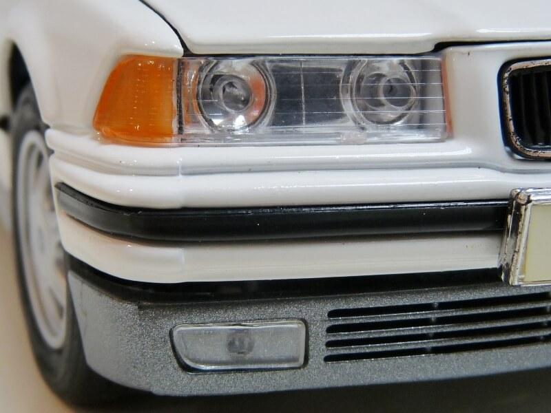 BMW 325i Convertible - 1993 - Maisto 1/18 ème Bmw_3233