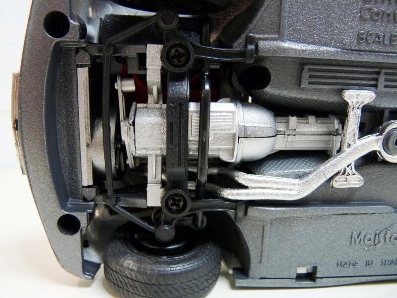 BMW 325i Convertible - 1993 - Maisto 1/18 ème Bmw_3235