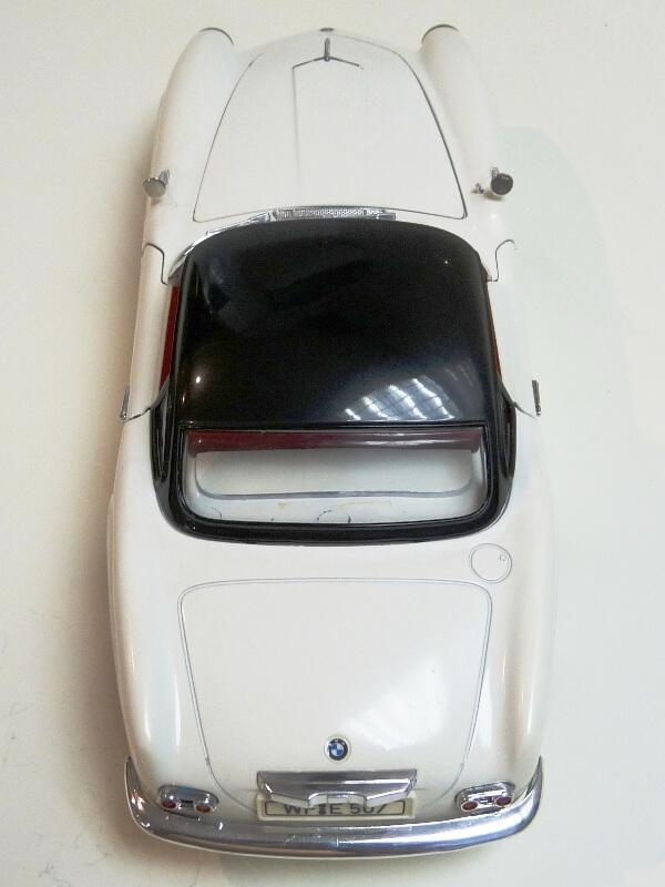 BMW 507 Touring Sport Coupé - 1959 - Revell Métal 1/18 ème Bmw_5080