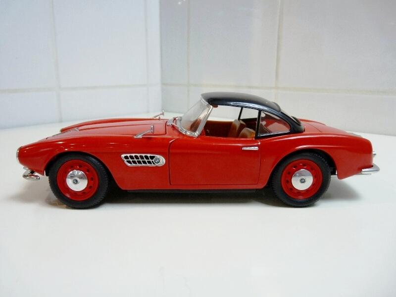 BMW 507 Touring Sport Coupé - 1959 - Revell Métal 1/18 ème Bmw_5089