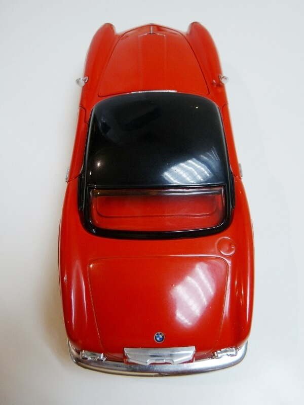 BMW 507 Touring Sport Coupé - 1959 - Revell Métal 1/18 ème Bmw_5095