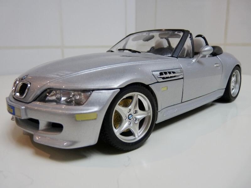 BMW MIII Roadster - 1996 - BBurago 1/18 ème Bmw_mi14