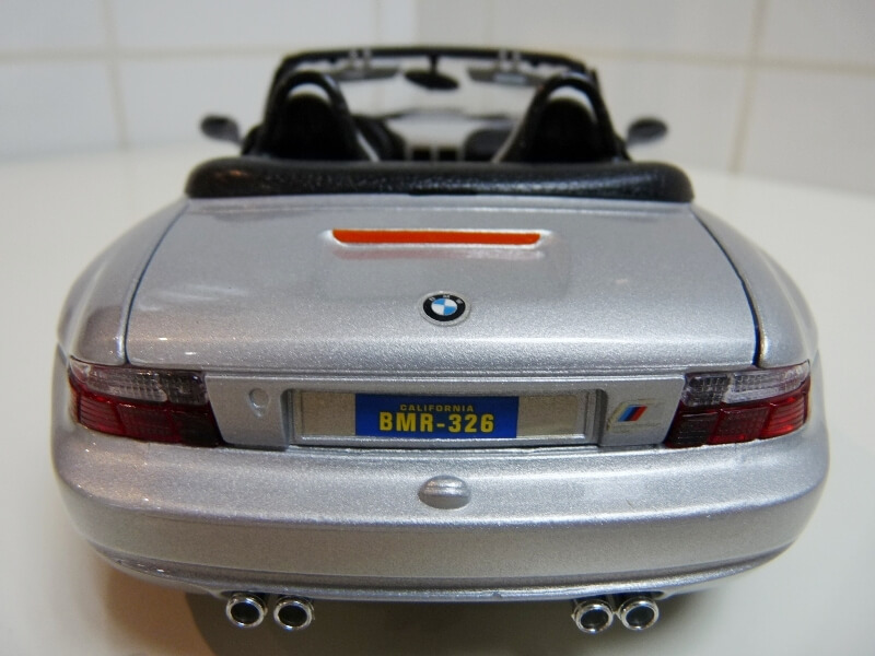 BMW MIII Roadster - 1996 - BBurago 1/18 ème Bmw_mi15
