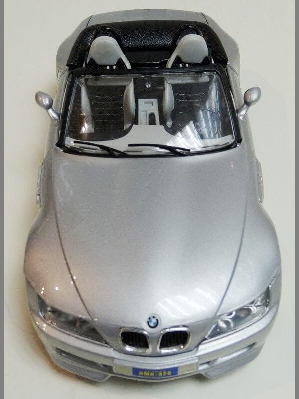 BMW MIII Roadster - 1996 - BBurago 1/18 ème Bmw_mi20