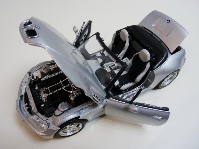 BMW MIII Roadster - 1996 - BBurago 1/18 ème Bmw_mi21