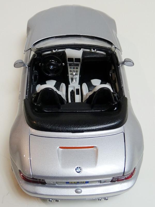BMW MIII Roadster - 1996 - BBurago 1/18 ème Bmw_mi24