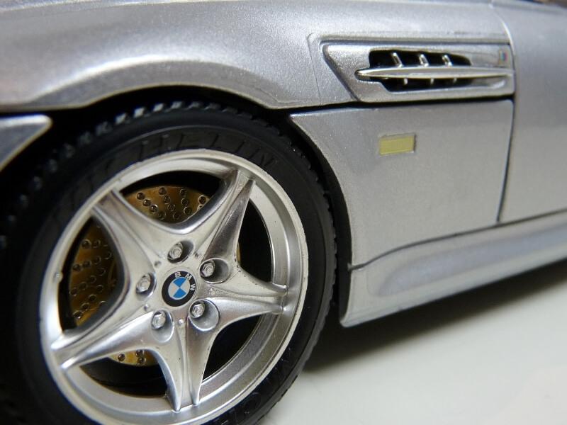 BMW MIII Roadster - 1996 - BBurago 1/18 ème Bmw_mi36