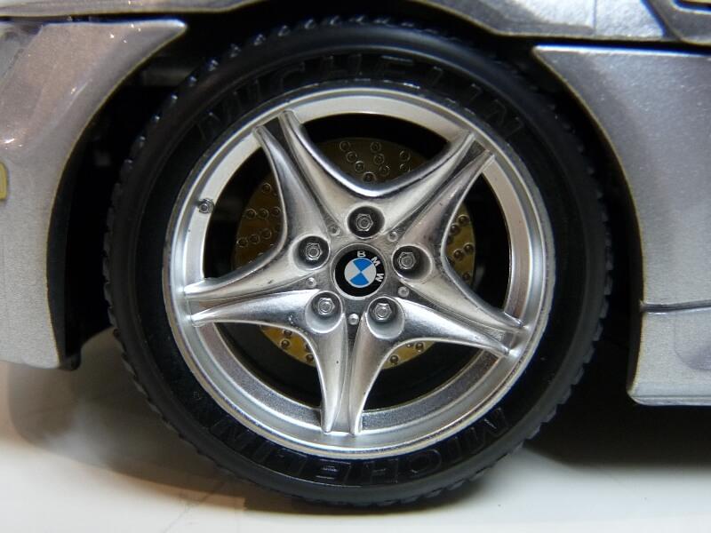 BMW MIII Roadster - 1996 - BBurago 1/18 ème Bmw_mi38