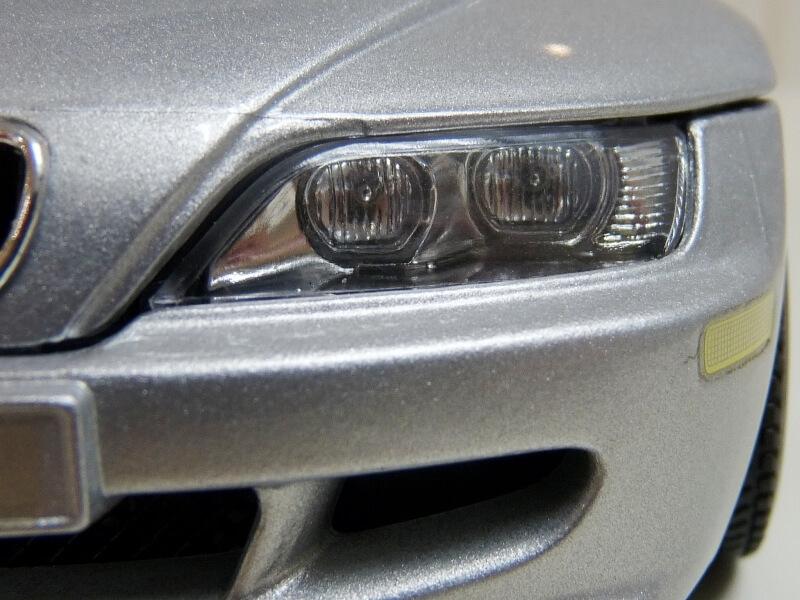 BMW MIII Roadster - 1996 - BBurago 1/18 ème Bmw_mi40