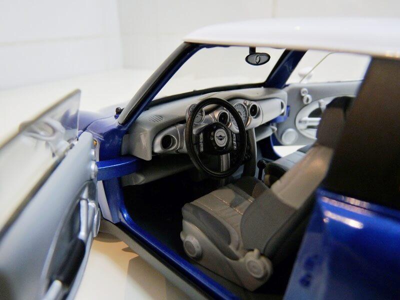BMW New Mini - 2000 - Solido 1/18 ème Bmw_ne12
