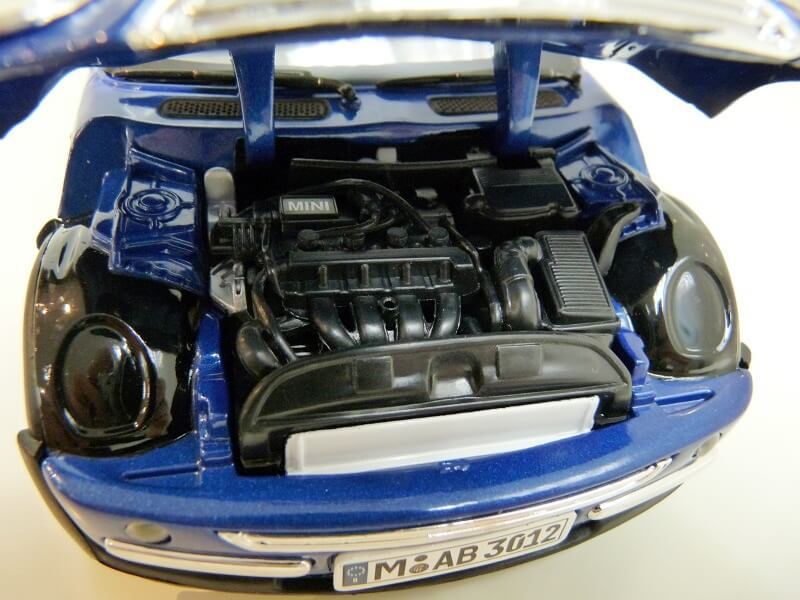 BMW New Mini - 2000 - Solido 1/18 ème Bmw_ne17