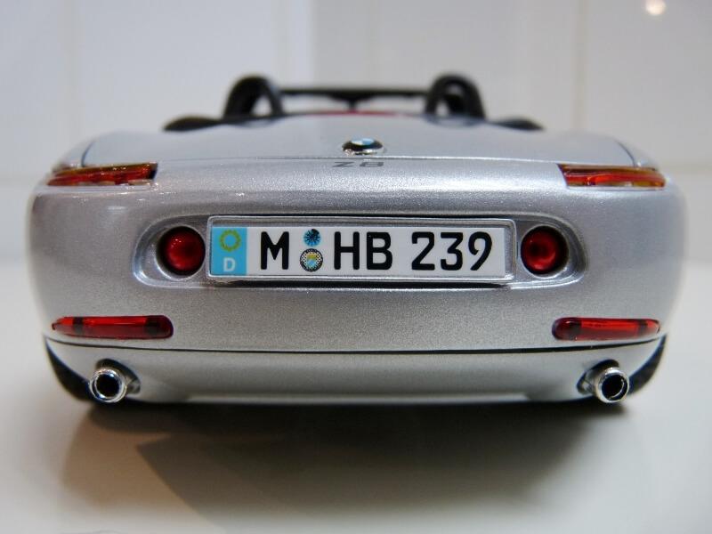 BMW Z8 - 2000 - Maisto 1/18 ème Bmw_z816