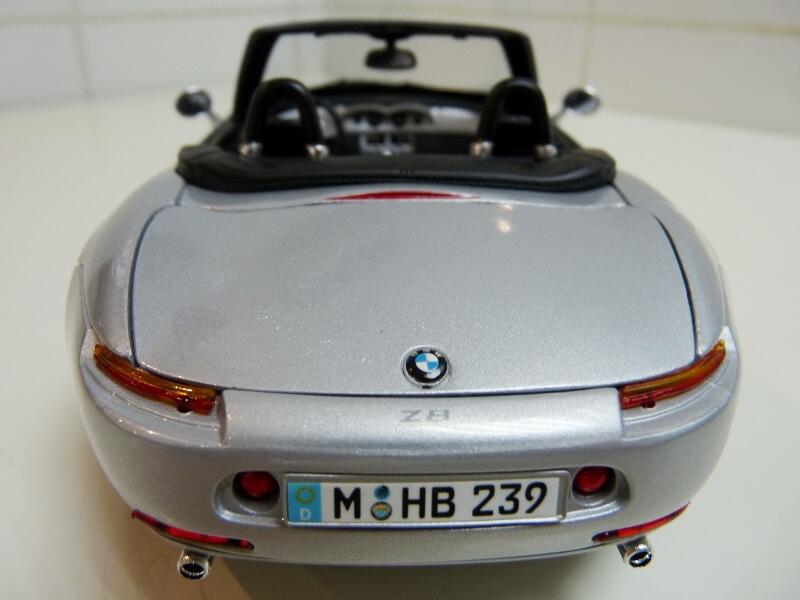 BMW Z8 - 2000 - Maisto 1/18 ème Bmw_z818