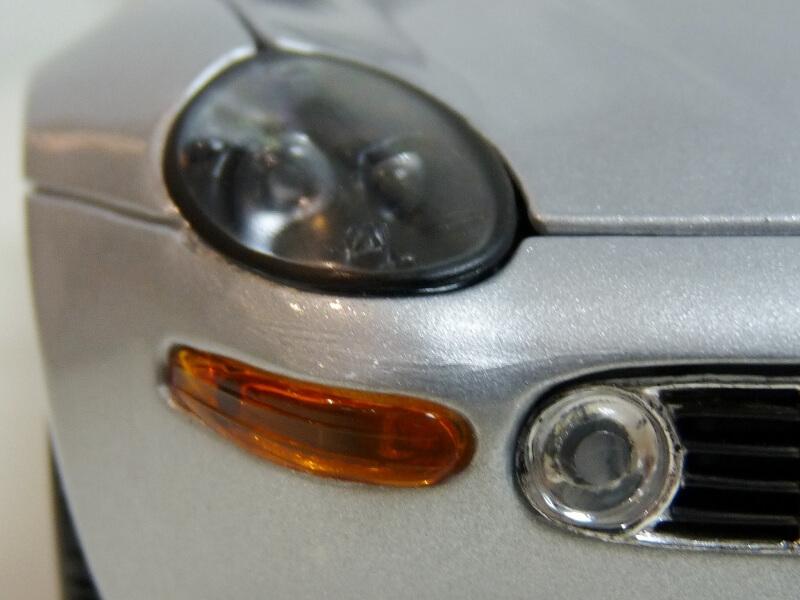 BMW Z8 - 2000 - Maisto 1/18 ème Bmw_z831