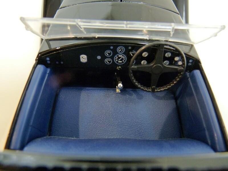 Bugatti type 41 Coupé Napoléon - 1926 - Solido 1/18 ème Bugatt17