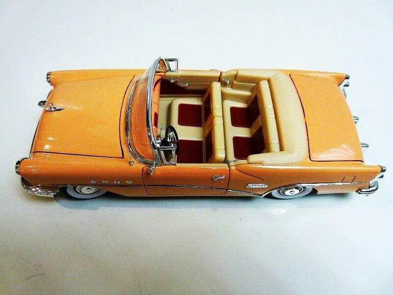 Buick Century - 1955 - Solido 1/18 ème Buick_10