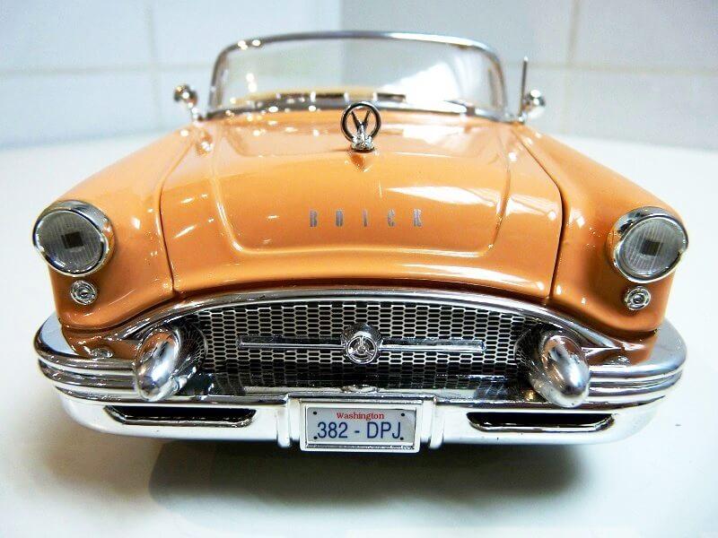 Buick Century - 1955 - Solido 1/18 ème Buick_11