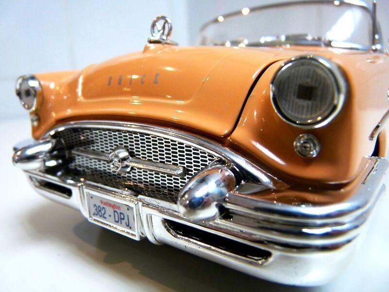 Buick Century - 1955 - Solido 1/18 ème Buick_18
