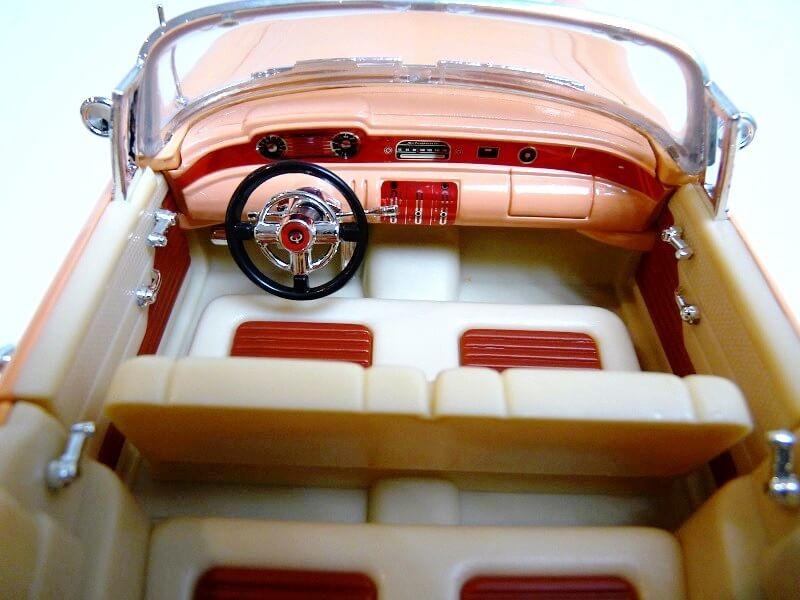 Buick Century - 1955 - Solido 1/18 ème Buick_19