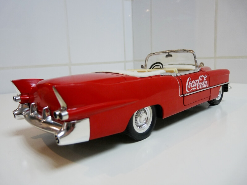 Cadillac Eldorado Coca-Cola - 1955 - Solido 1/21,5 ème Cad-el20