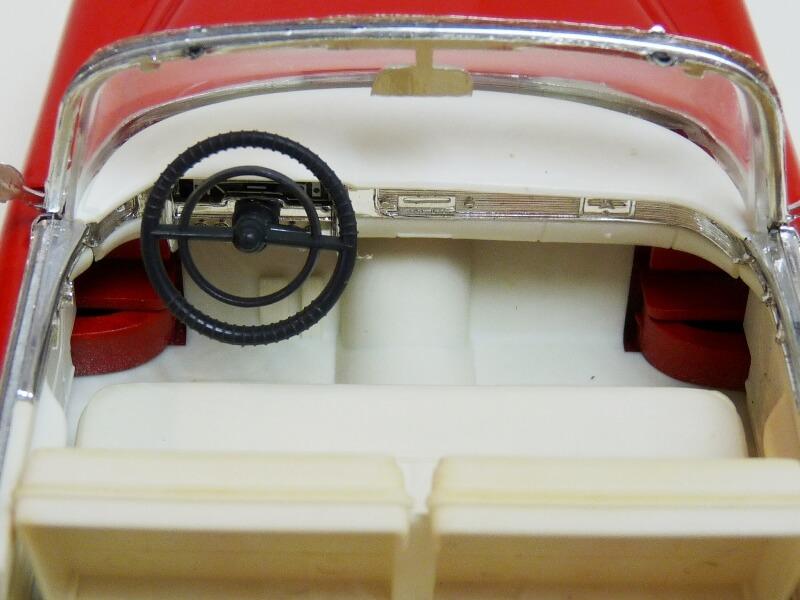 Cadillac Eldorado Coca-Cola - 1955 - Solido 1/21,5 ème Cad-el21