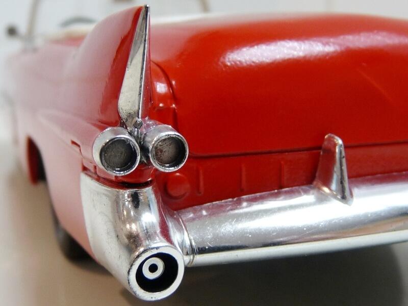 Cadillac Eldorado Coca-Cola - 1955 - Solido 1/21,5 ème Cad-el24