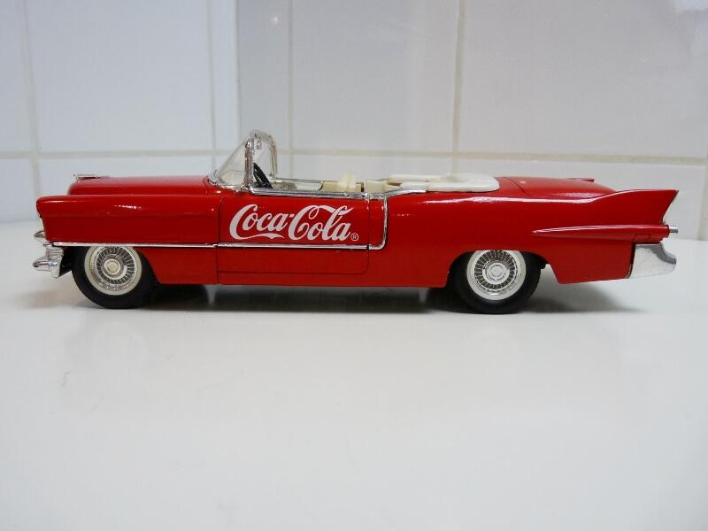 Cadillac Eldorado Coca-Cola - 1955 - Solido 1/21,5 ème Cad-el30